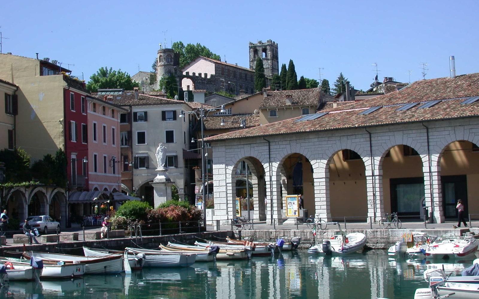 GUIDED TOUR OF DESENZANO AND ITS ROMAN VILLA