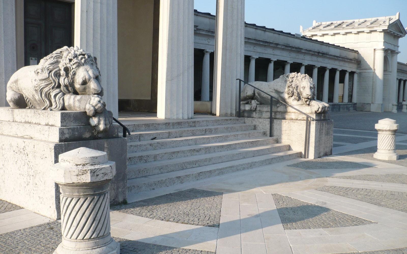 Il cimitero monumentale Vantiniano
